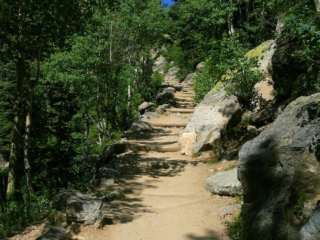 Hike to Dream Lake