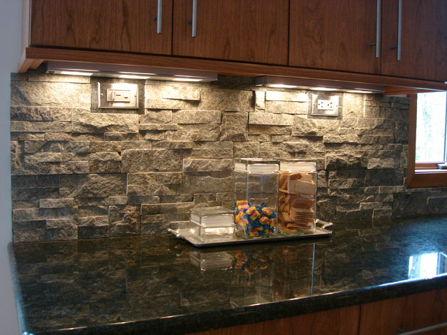 Stone Backsplash for Kitchen